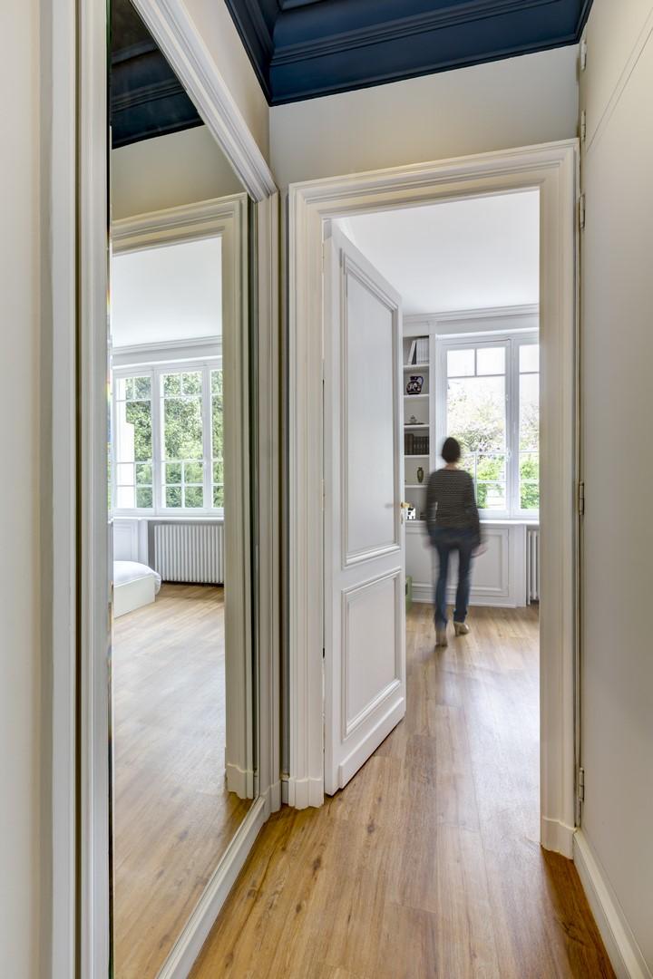 Maison cedres couloir